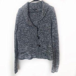 Effeci Cardigan Sweater